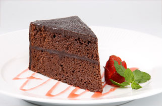 the-original-sin-devil-dark-food-cake-at-bebek-bengil-XpC.jpeg